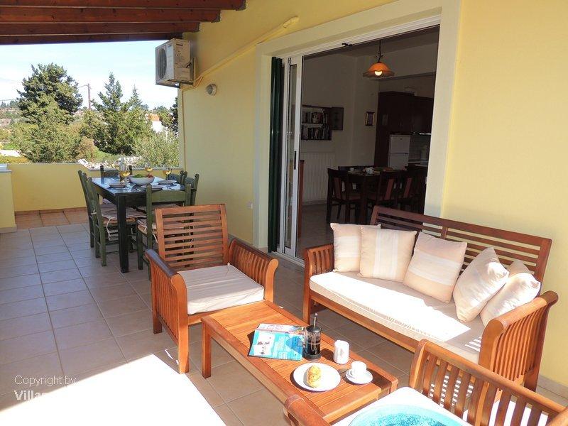 Margaret villa for Balcony upstairs